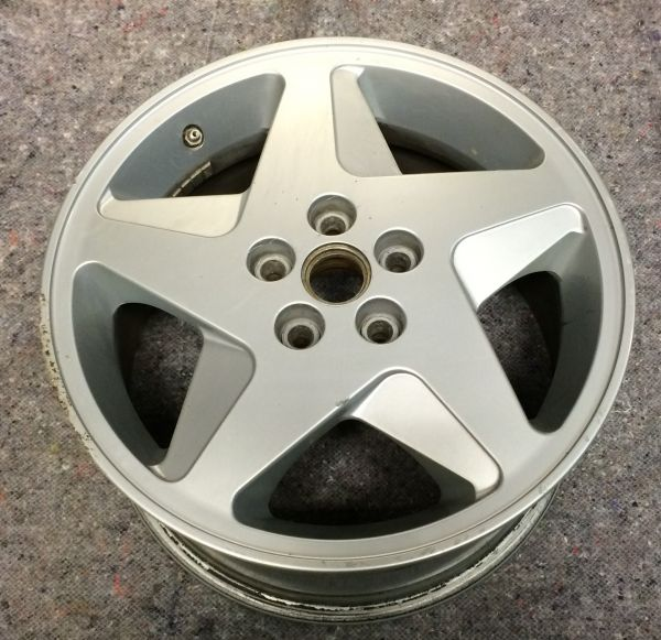 "Wheel Rim - rear - left / Felge - hinten - links / 9""J X 17"""