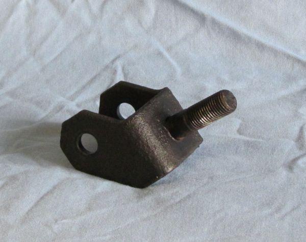Suspension Link to Chassis / Aufnahme für Dreickslenker