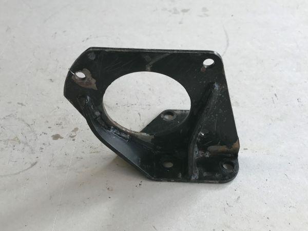 Rear Right Support / Halter hinten rechts