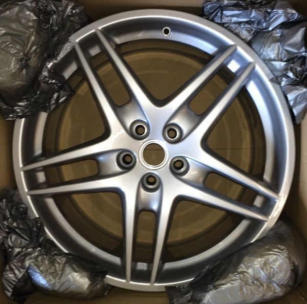 "Wheel Rim 19"" - rear / Felge 19"" hinten"