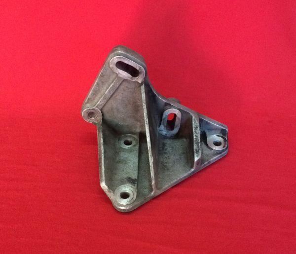 Bracket for AC-Compressor / Halter für Klima-Kompressor