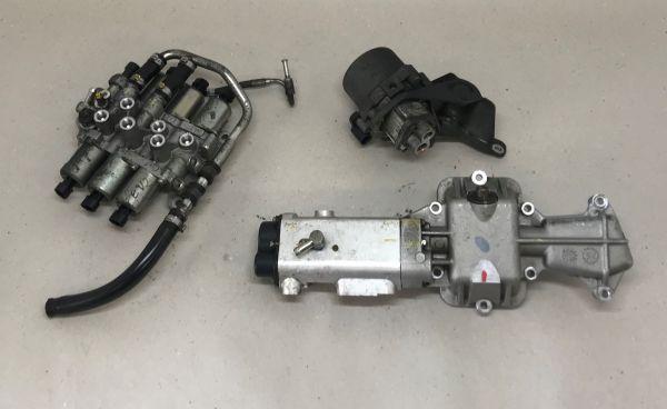 F1 Gearbox Hydraulics Actuator Set / Satz Hydrauliksteuerung