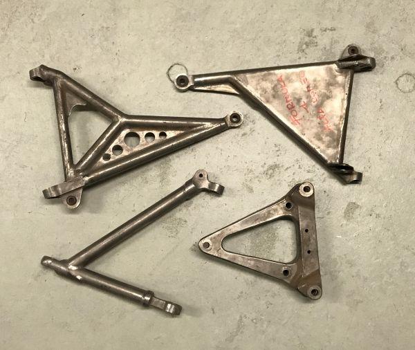 Set of Suspension Parts / Satz Radaufhängungsteile