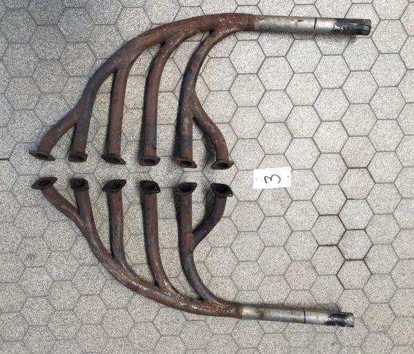 Pair of Exhaust Manifolds / Paar Auspuffkrümmer