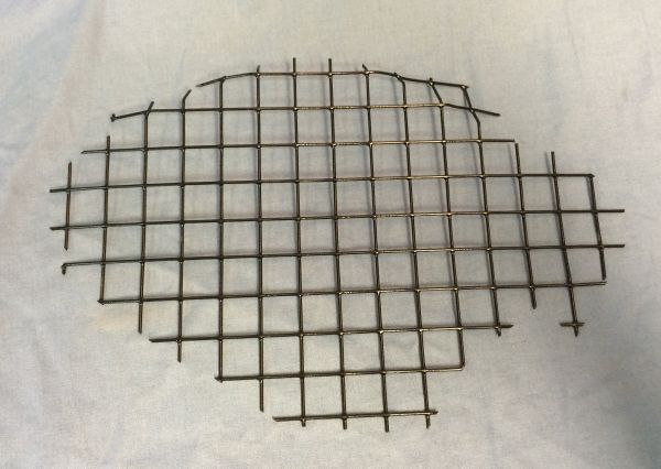 Grille in Front Bumper - left / Grill in Stoßstange vorne - links