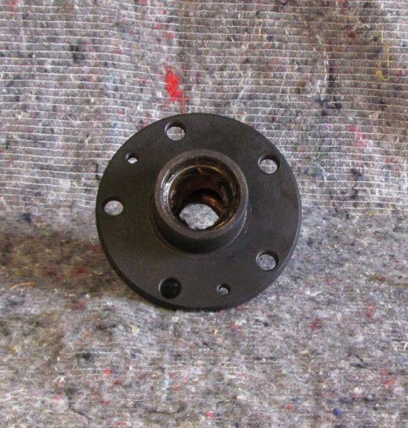Wheel Hub - front / Radnabe - vorn