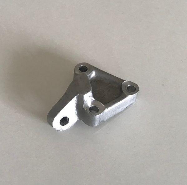 Bracket for Throttle Cable / Gegenhalter für Gaszug