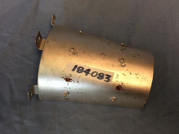 Shield for Axle Shaft / Abdeckung für Antriebswelle