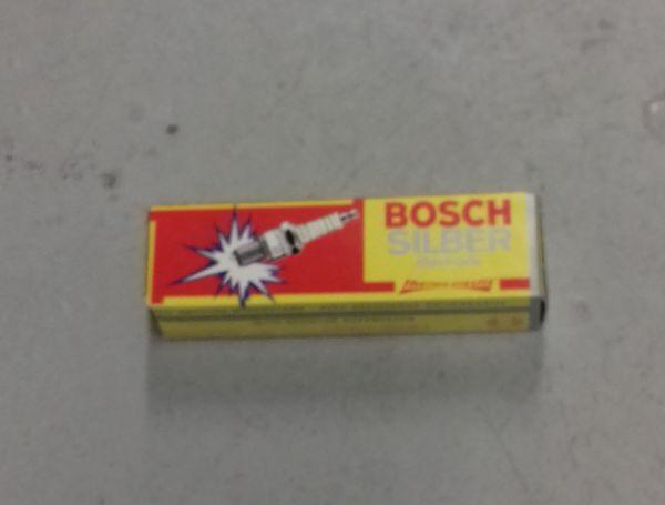 BOSCH Spark Plug / Zündkerze