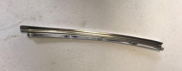 Rear Moulding at Door Chrome - right / Chromteil an Türchrom hinten - rechts