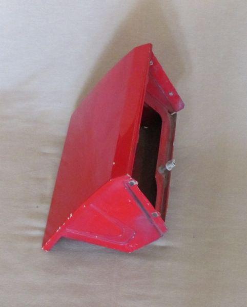 Headlight Compartment - Right / Gehäuse für Klappscheinwerfer - rechts