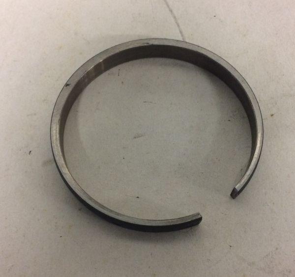 Synchro Ring / Synchron Ring