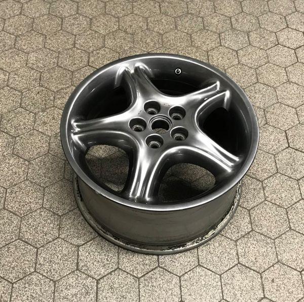 "8 1/2J x 17"" - Front Wheel Rim / Felge vorne"