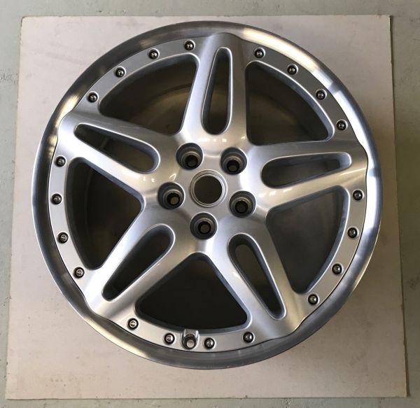 "Wheel Rim 10""J X 19"" EH2 rear / Felge 10"" J X 19"" EH2 hinten"