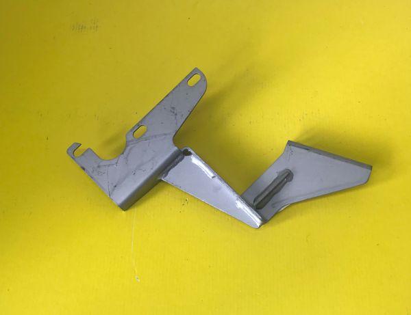 Bracket Gear Box Cover - Right / Halterung am Getriebedeckel Rechts